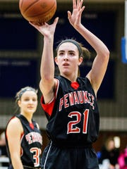 Pewaukee junior Jinda Guidinger (21) shoots from the