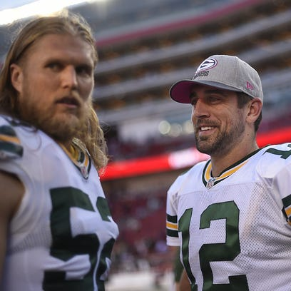 Packers linebacker Clay Matthews stands with quarterback Aaron Rodgers at Levi's Stadium.