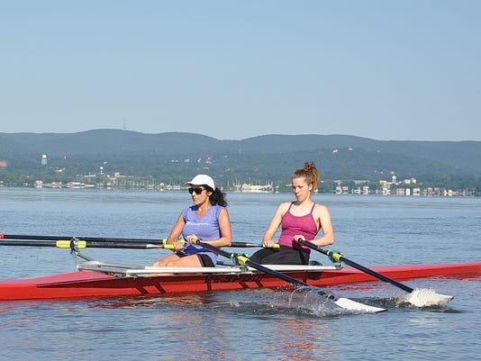 Cortlandt rowing 1