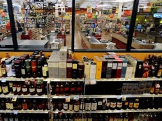 Now, liquor stores are separate from their parent supermarkets, a setup some lawmakers want to change. (Tribune file photo.)