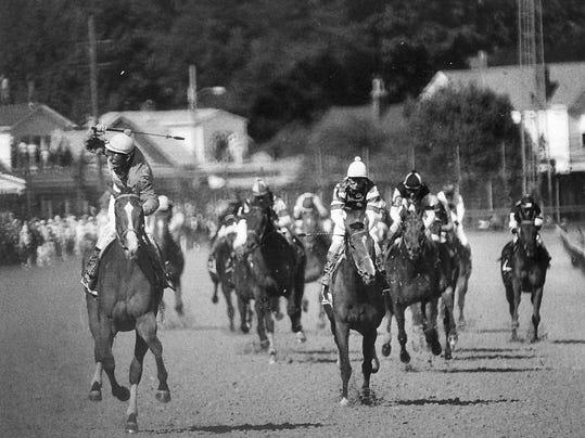 Kentucky Derby Winners of the 1990s | Bet Horse Racing Online