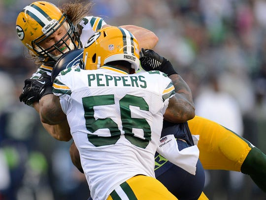 Packers linebackers Clay Matthews and Julius Peppers