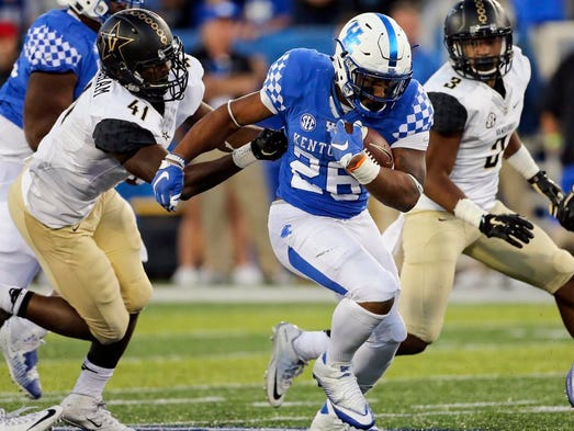 636115541020803593-vanderbilt-kentucky-football