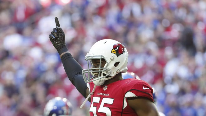 Arizona Cardinals outside linebacker Chandler Jones (55) reacts after a pass break-up against the New York Giants during the first quarter at University of Phoenix Stadium in Glendale, Ariz. December 24, 2017.
