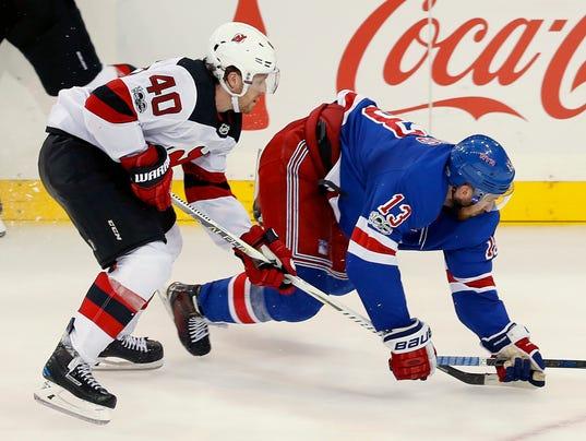 636436253370035392-Devils-Rangers-Hockey-njha-5-.jpg