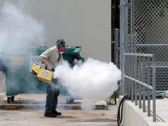Kids go back to school in Miami neighborhood hit by Zika