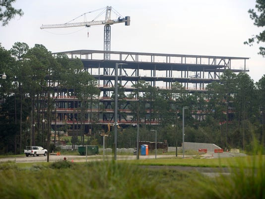 3 injured in Navy Federal Credit Union construction site
