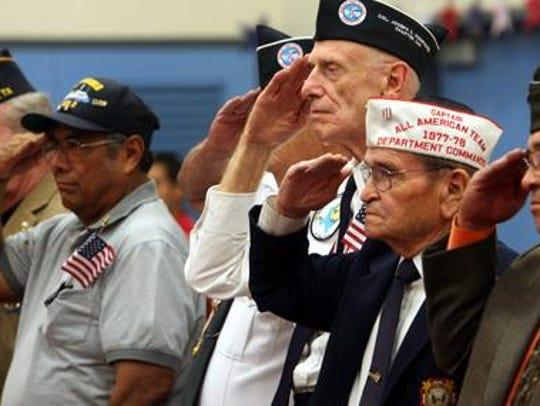 El Paso military veterans, including Manuel Rivas,