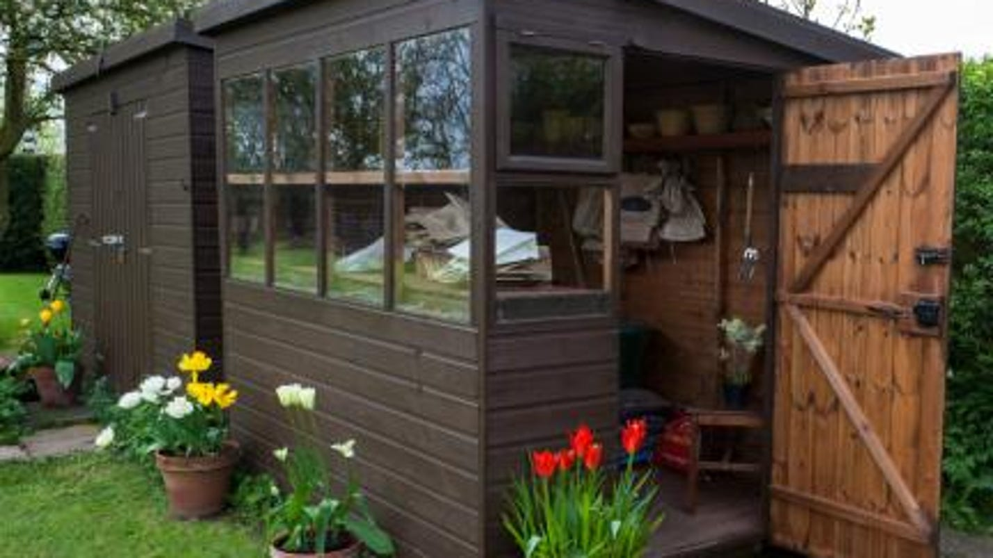 man caves vs she sheds the latest trend