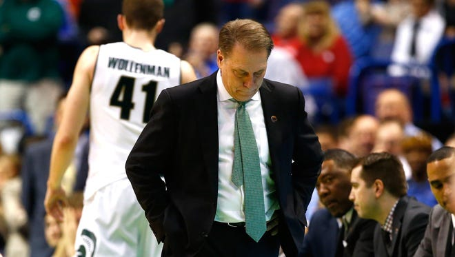 Few coaches can relate to Tom Izzo, who built Michigan State into a national power and suffered a crushing upset in the NCAA tournament. One who can: Duke's Mike Krzyzewski, who reached out to him.