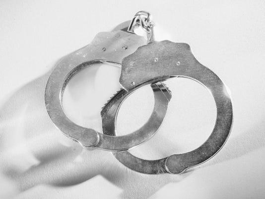 HandcuffsH0511_X_th_B.jpg