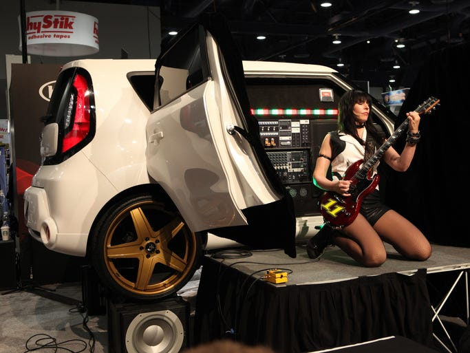 "The Kia Soul Amp'ed edition has has Leona X AKA ""Leo"", had rocking singer and lead guitarist, formerly of all girl rock band Jaggedy Ann."