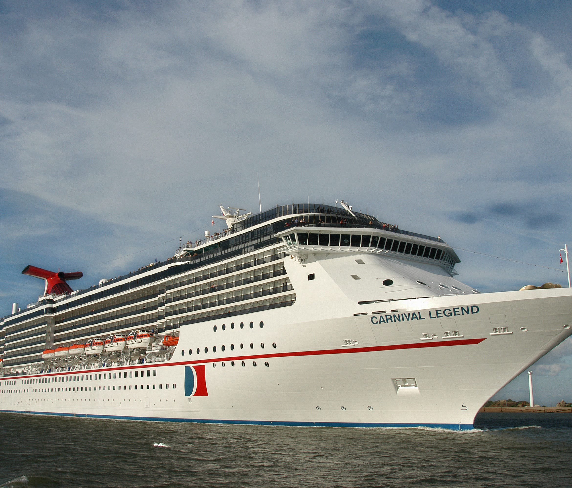 Sailing since 2002, the 2,124-passenger, 88,500-ton Carnival Legend is the second oldest of Carnival's four Spirit Class ships. It specializes in voyages to Alaska and Hawaii from several ports.