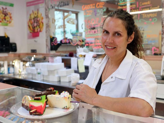 Homestyle Desserts Bakery co-owner Laura Timmons and