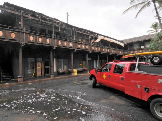 Activists delay rebirth of Hawaii hotel with Elvis ties