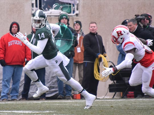 The speed of Michigan State receiver Tony Lippett (14) almost certainly will be a hot topic at the Senior Bowl on Saturday.