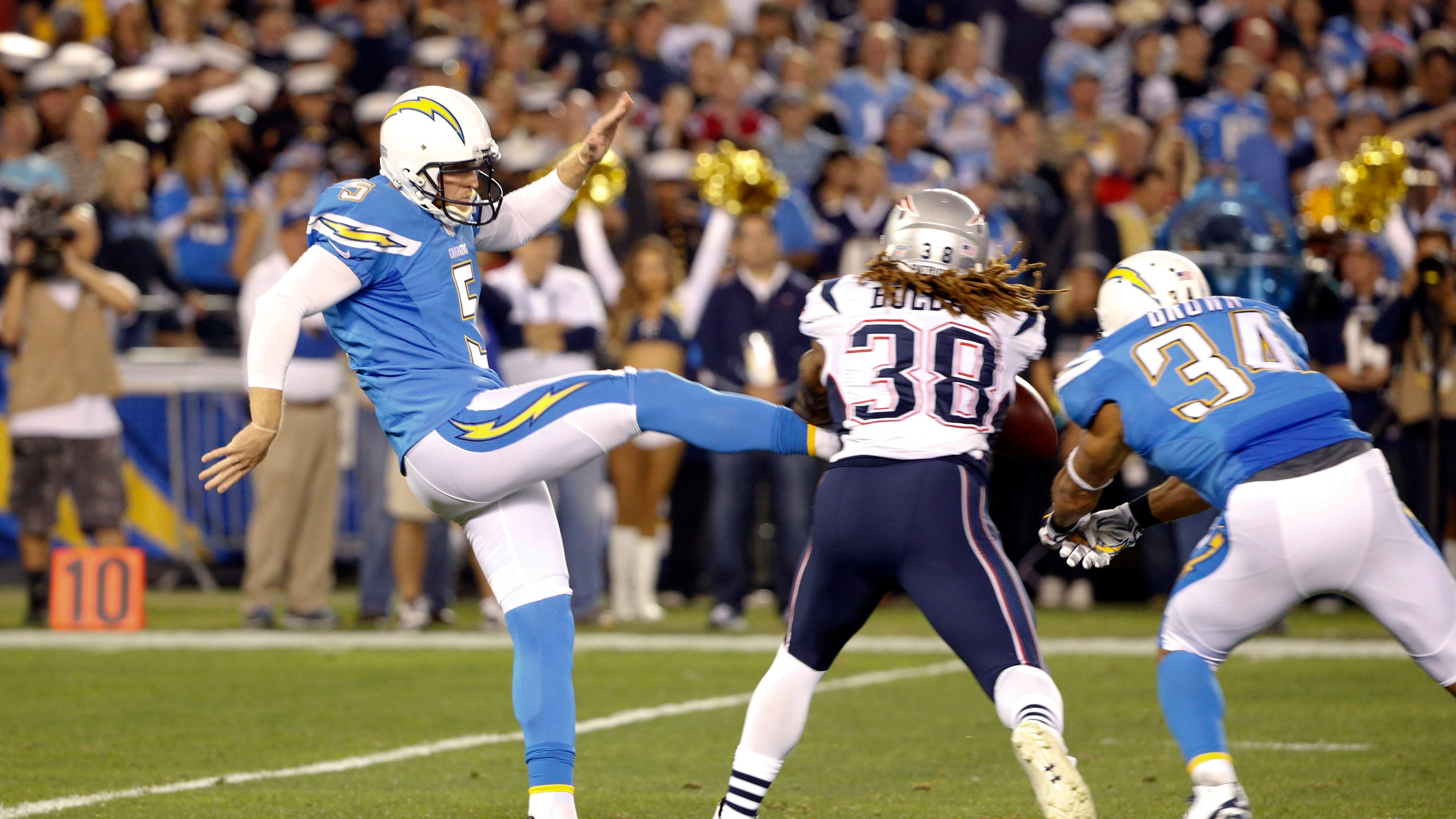Chargers Looking For Punter After Scifres Injury