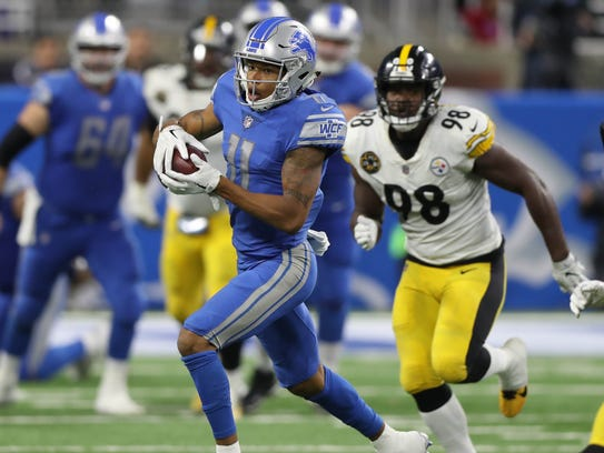Lions wide receiver Marvin Jones Jr. makes a catch