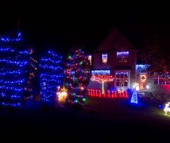 Holiday lights: Take the Livingston County Light Tour