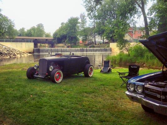 636368515428118557-Riverfest-Classic-Cars-Mishicot-Wisconsin.jpg