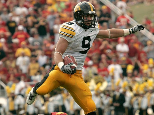 Former Oskaloosa and Iowa safety Tyler Sash is among the Iowa High School Athletic Association's 2019 Football Hall of Fame class.