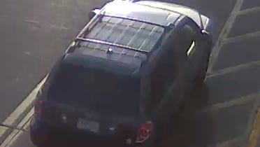 Suspect vehicle in Urbandale Hy-Vee theft Oct. 10.