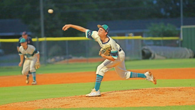 Siegel's Seth Petry fires a pitch during Friday's 7-1 sectional win over Cookeville.
