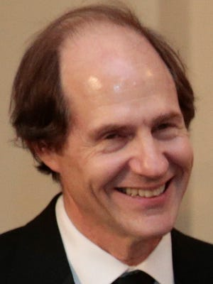 SUNSTEIN, Cass 