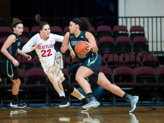 636480891473662924-vs.-Seattle-2017-conference-tournament-attacking-.jpg