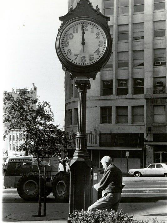San Jacinto clock