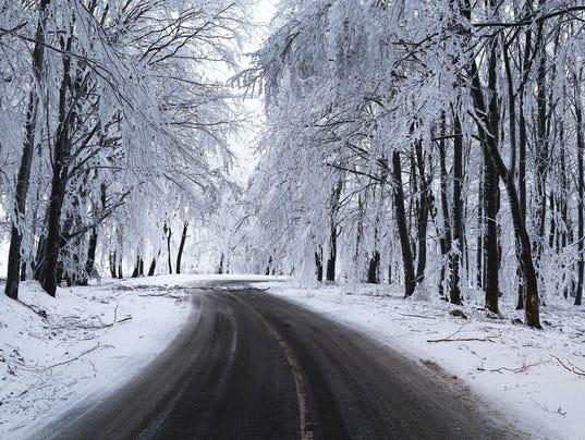 635511357202946155-Snow