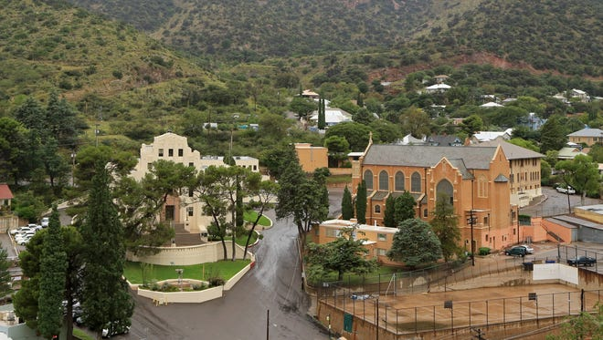 High Road offers a bird's eye-view of Bisbee, Arizona, including the art deco-style Cochise County Courthouse to the left.