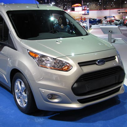 2017 Ford Transit Connect cargo van has ideal efficiency for commercial fleets