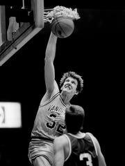 Vanderbilt center Will Perdue made a statement dunk