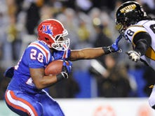 Louisiana Tech running back Kenneth Dixon broke the NCAA overall touchdown record Saturday against Arkansas State.
