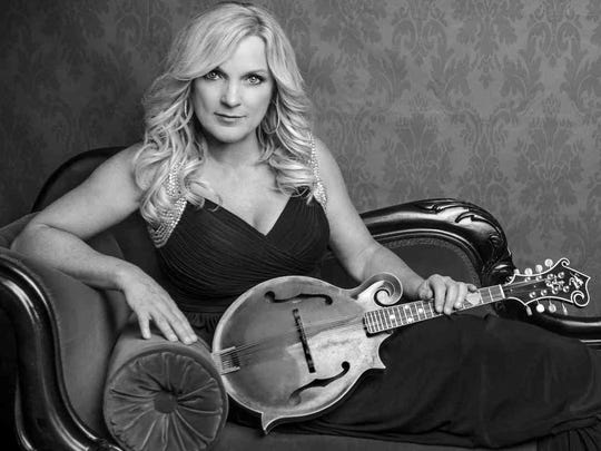 Rhonda Vincent and the Rage will perform at The Eichelberger Performing Arts Center.