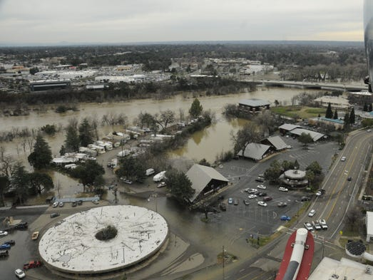 Flooding from the overflowing Sacramento River in the