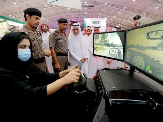 EPA SAUDI  ARABIA WOMEN AUTO SHOW EBF TRANSPORT SAU