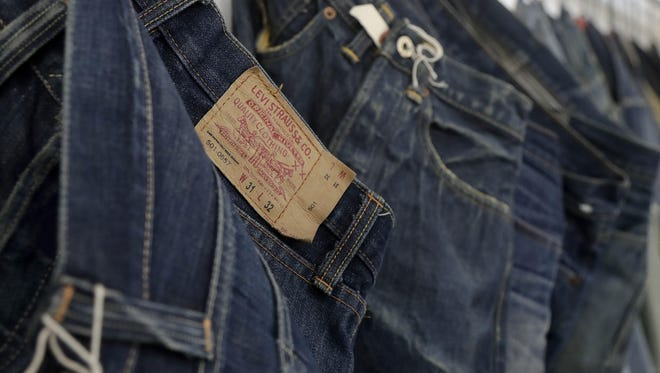 Jeans, the one-time staple of American closets has recently staged the beginning of a comeback: The jeans category in the U.S. grew 2.2 percent to $16.7 billion in 2018 after four straight years of declines, according to data from Euromonitor.