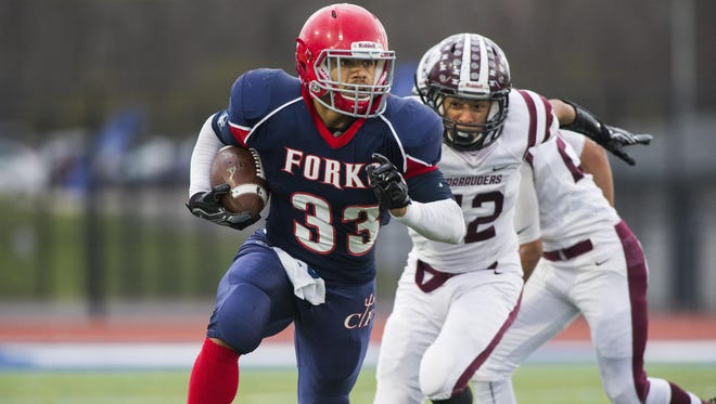 Chenango Forks running back L.J. Watson rushes the ball during the first quarter against Dunkirk in the Class B state semifinal playoff game in Cicero on Saturday, Nov. 19, 2016.