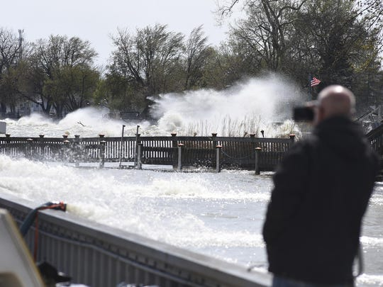 Lennie Ritchie of LaSalle takes a video of the Lake