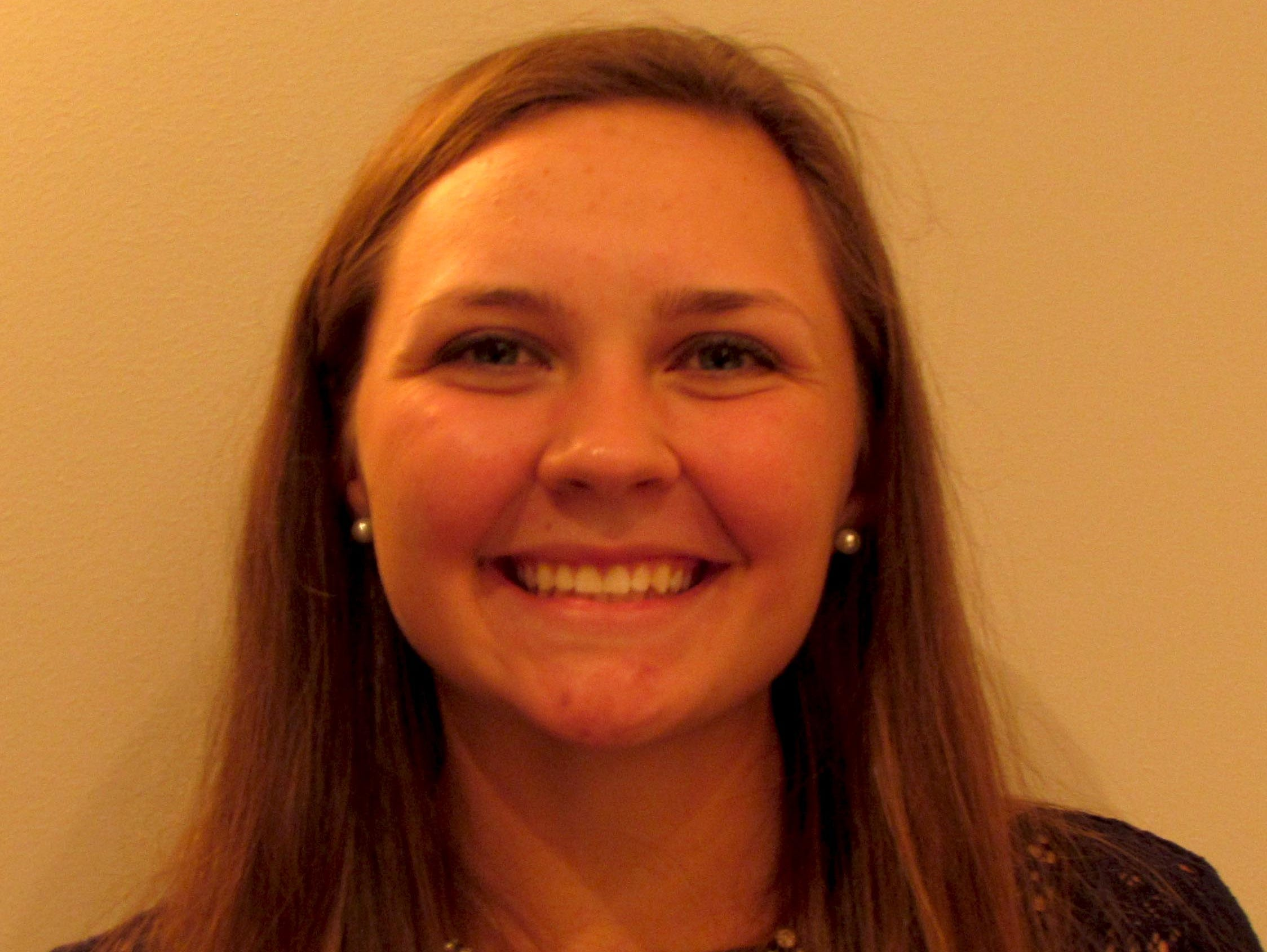 Bloomington South golfer Cherise Otter