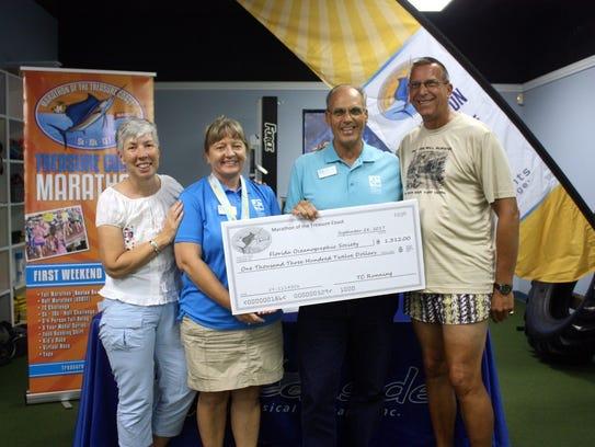 Volunteer Laura Eisenboss, Florida Oceanographic Society