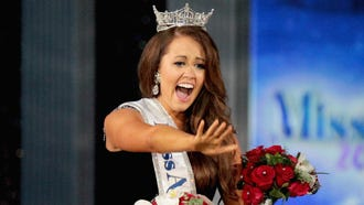 Newly crowned Miss America 2018 (Miss North Dakota 2017) Cara Mund celebrates during the 2018 Miss America Competition Show on Sept. 10, 2017 in Atlantic City, New Jersey.