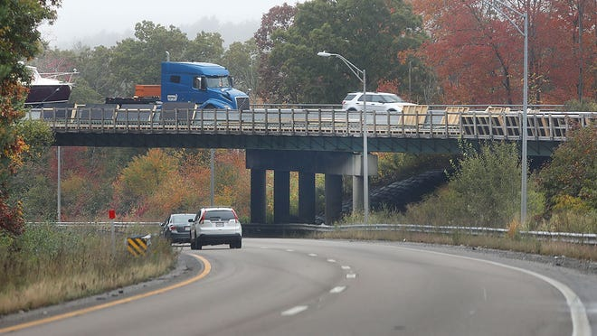 The I-93 bridge over Route 24 North in Randolph, which is in need of repair, on Wednesday , Oct. 21, 202. Greg Derr/ The Patriot Ledger