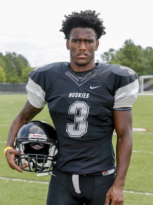 Hough, N.C., High School defensive back Marquill Osborne is a 2016 Tennessee football signee.