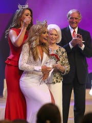 Miss Mid-South Grace Burgess is crowned Miss Tennessee