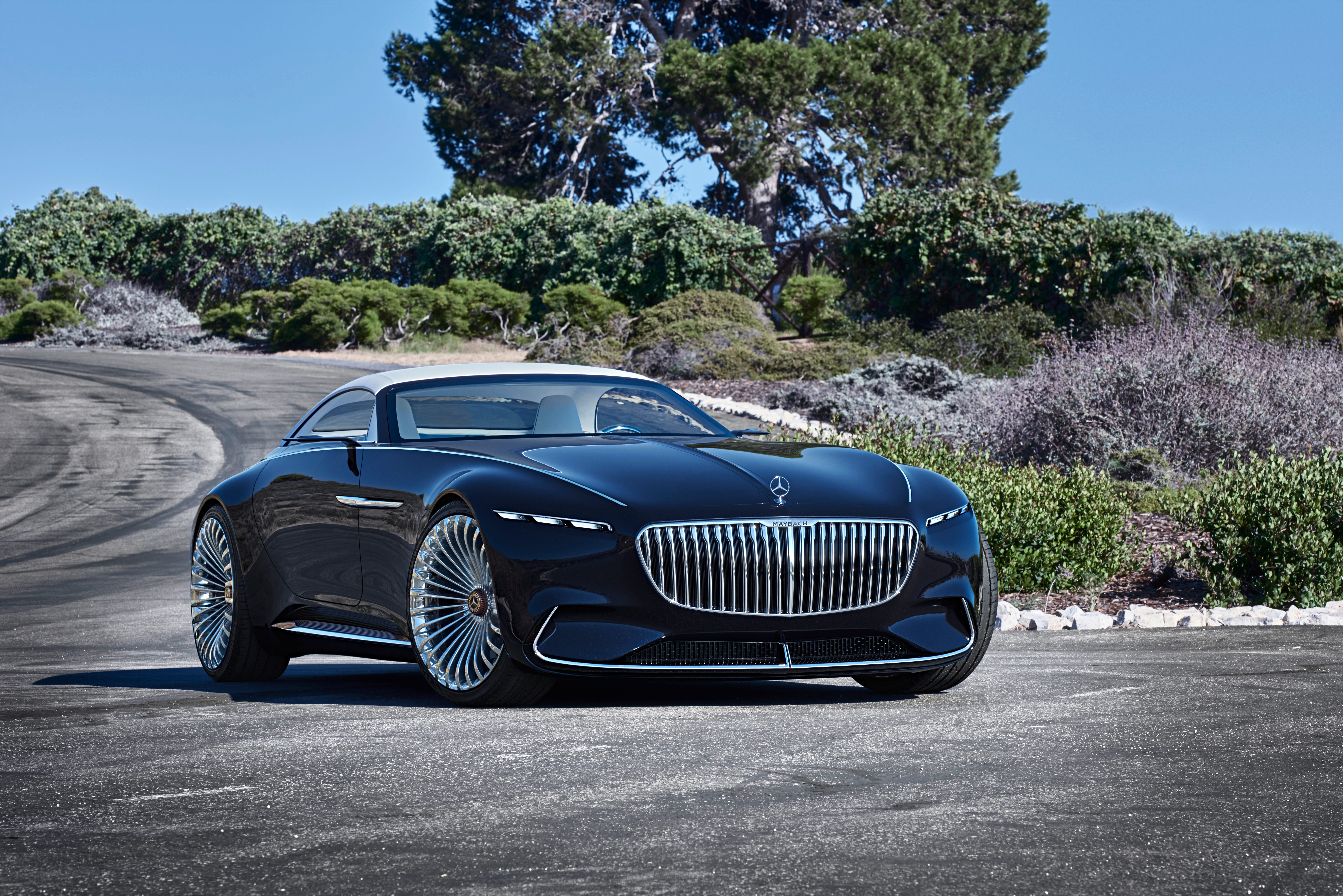 Mercedes-Benz shows off its Mercedes-Maybach 6 Cabriolet