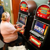 Therapy, Vegas-style: Hospital offers slots