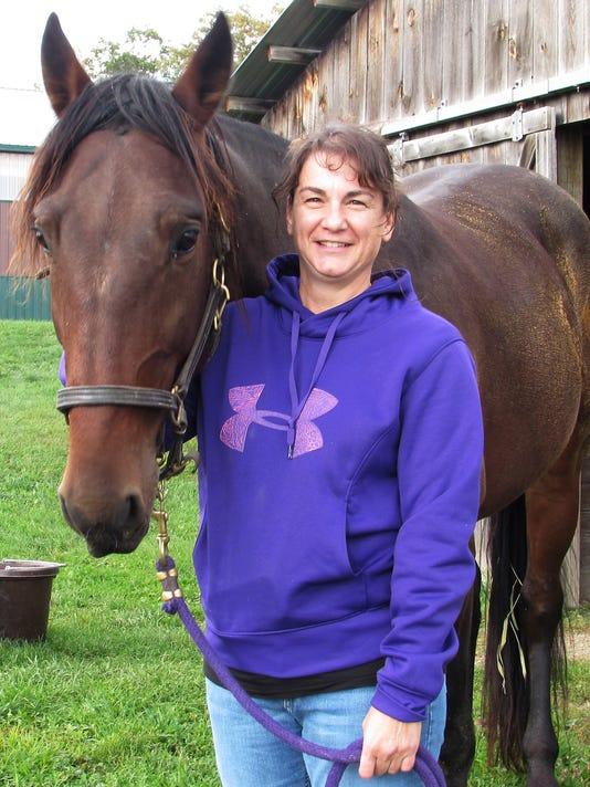 ELM 100914 horses 1 jdm.JPG